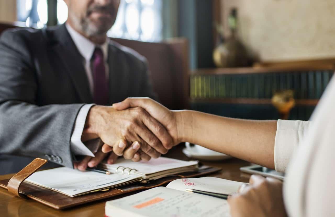 Lawyer-Job-Description-Duties-Salary-Mor