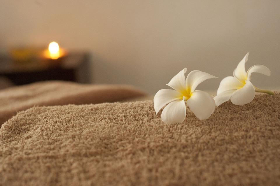 kvety, deka, masáž